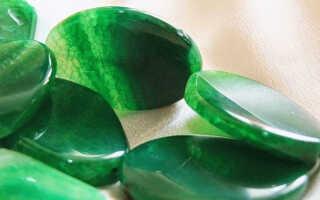 Зеленый агат — каковы свойства камня, кому он подходит и сколько стоит