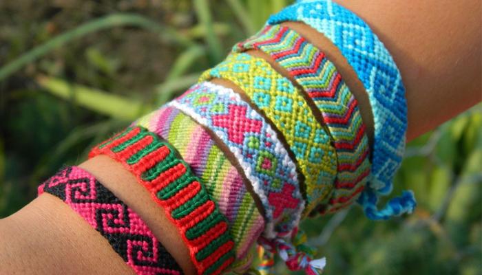 Плетеные фенечки