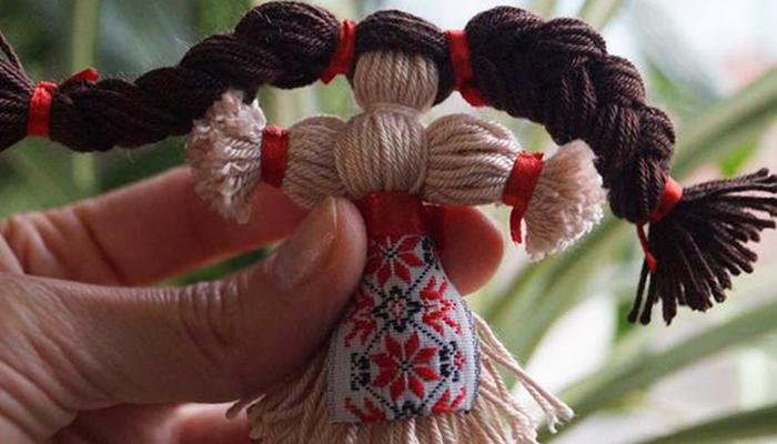 Обережная кукла из пряжи