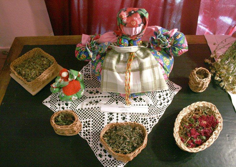 Сбор трав для создания куколки Кубышки