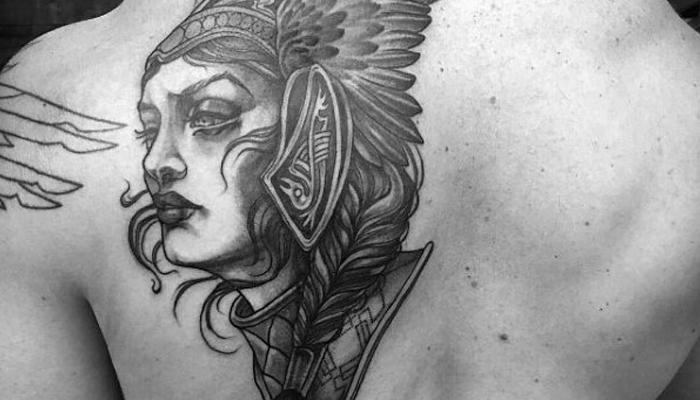 Татуировки Валькирия на спине