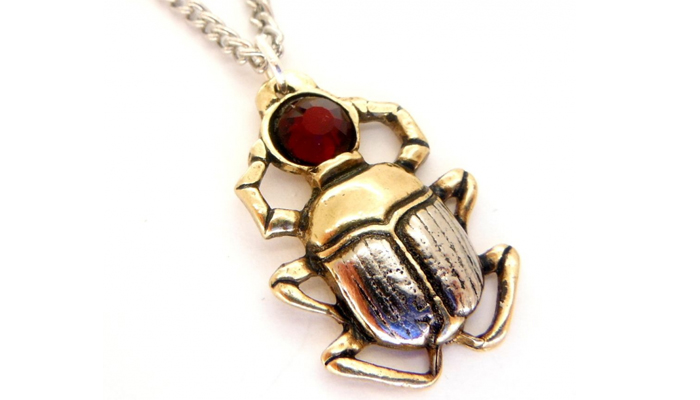 Талисман жук-скарабей
